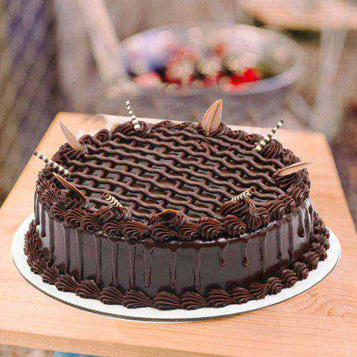Flavorsome 1 Lb Chocolate Cake from 3/4 Star Bakery