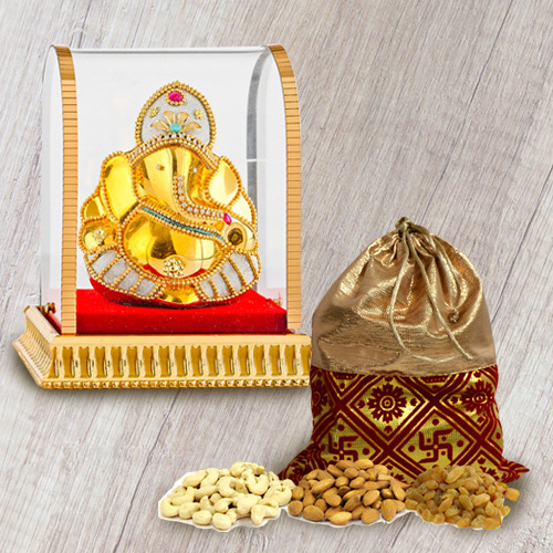 Classic Vighnesh Ganesh Murti with Crunchy Dry Fruits