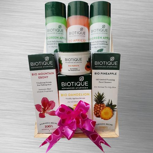 Refreshing Biotique Organic Spa Hamper