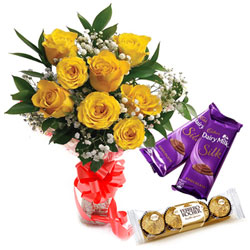 Expressive Yellow Rose Bouquet with Ferrero Roacher and Cadbury Silk