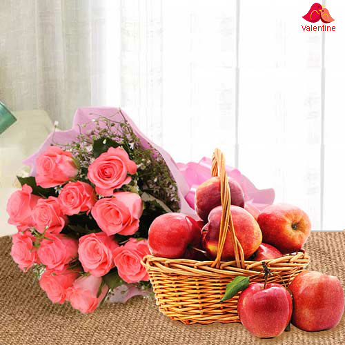 Delicious Fresh Apples Basket with Pink Roses Bouquet