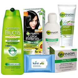 Bewitching Present of Garnier Total Care Gift Hamper for Women
