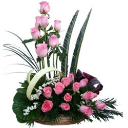 Gorgeous Happiness Premium Arrangement of Pink Roses