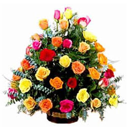Beautiful Arrangement of Assorted Roses