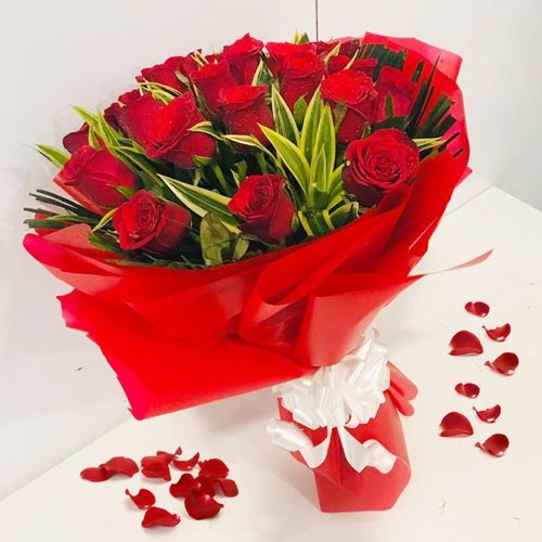 Stunning Bouquet of Red Roses