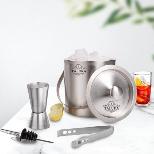 Marvelous Set of 4 Pc Stainless Steel Bar Accessories
