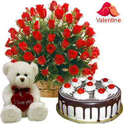 MidNight Delivery ::25 Red Roses with 1 Lbs. Black Forest Cake and a Teddey Bear