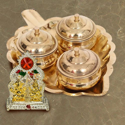 Exclusive Paan Shaped Thali with Dibbis N Ganesh Laxmi Mandap