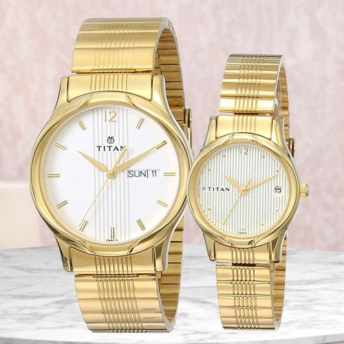 Exclusive Titan Bandhan Analog Couple Watch